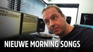 Exclusief: Edwin maakt thuis nieuwe radiojingles! | Evers Staat Op