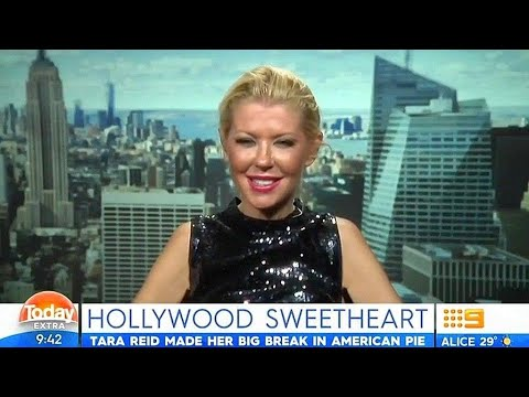 'Sharknado' star Tara Reid slurs, squints at camera during bizarre interview