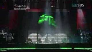 "Kpop artist Rain(Bi) : ""I'm coming"". 2006. 10. 14 concert in Korea."