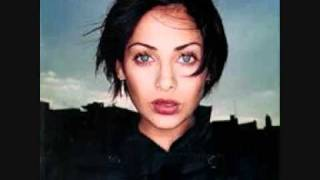 Watch Natalie Imbruglia Impressed video