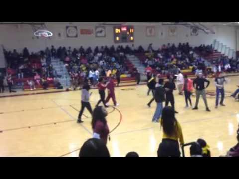 Hazelwood east high school-prep rally dance off