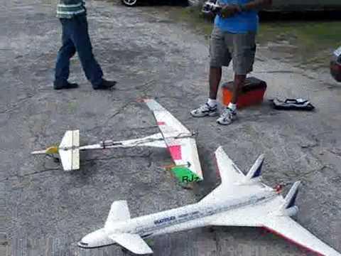 Reggie S Homemade Rc Canard Plane Youtube