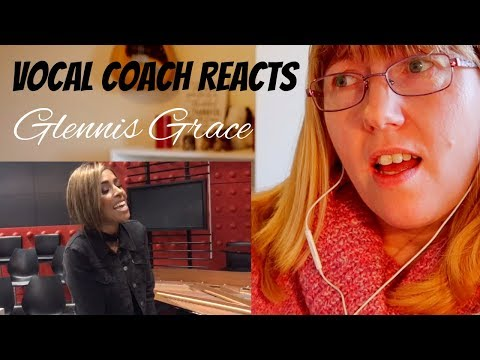 Vocal Coach Reacts to Glennis Grace Versace on the floor