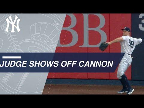 LAA@NYY: Aaron Judge shows off arm twice vs. Angels