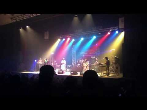 Africa United Live in Theater Mohamed 6