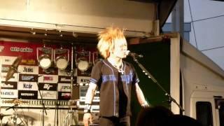 5/2 FSWで行われた痛ロードでのステージ。 SHINGO☆のトーク.
