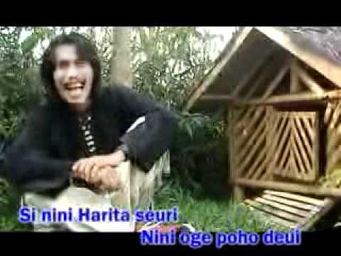 Asep Darso  dongeng nini