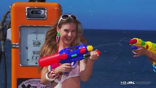 bikini-beach-fast-4k-ultra-hd-video-power-of-curves-2