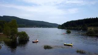 See im Schwarzwald: Baden und Schwimmen im Schluchsee