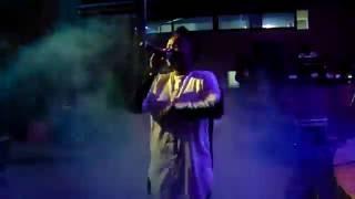 Fena Gitu performing How You Feeling