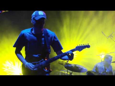 "Umphrey's McGee - ""Wappy Sprayberry"" - Dominican Holidaze 2016"