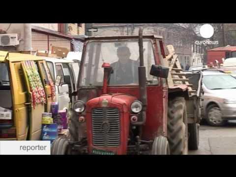 Euronews reporter - Mitrovica: Kosovo's Divided City