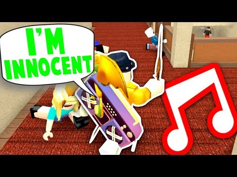 TROLLING FANS WITH MY RADIO!! *FUNNY* (Roblox Murder Mystery 2)