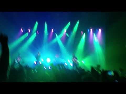 Neck Deep - Torn live in Richmond VA