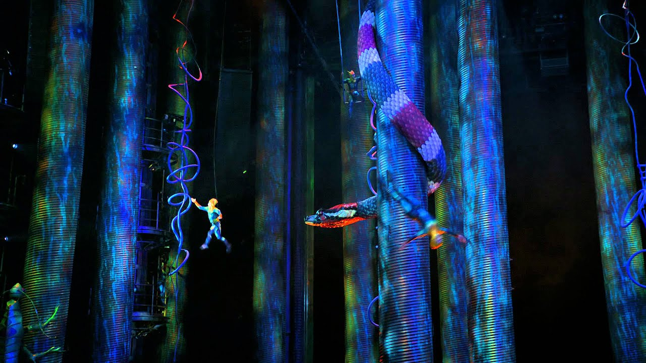 Cirque Du Soleil: Worlds Away - Trailer