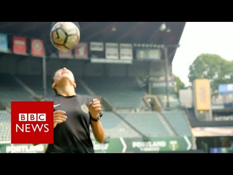 Refugee soccer star: From Afghanistan to US - BBC News