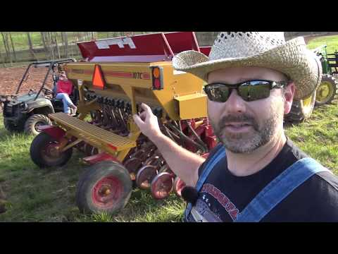 COOL FARM TOOLS EXPLAINED...NO-TILL SEED DRILL...SEE HOW IT WORKS!!