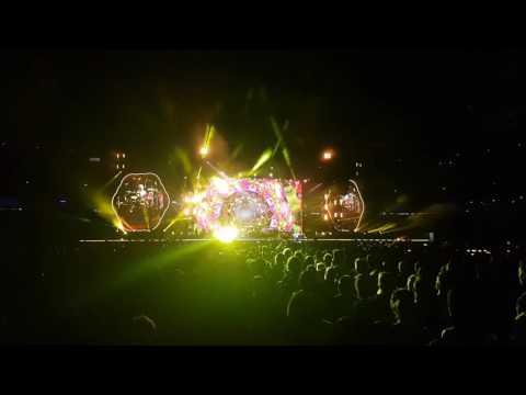 Coldplay 2016 - BRISBANE: Hymn for the Weekend