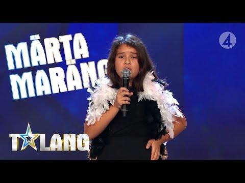 Märta Maräng förtrollar juryn med sin sång