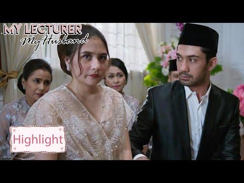 My Lecturer My Husband | Highlight EP01 Ini Mimpikan? Aku Nikah Dengan Dosenku? | WeTV Original