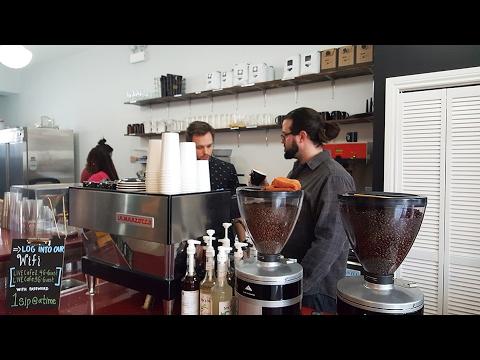L!VE Café