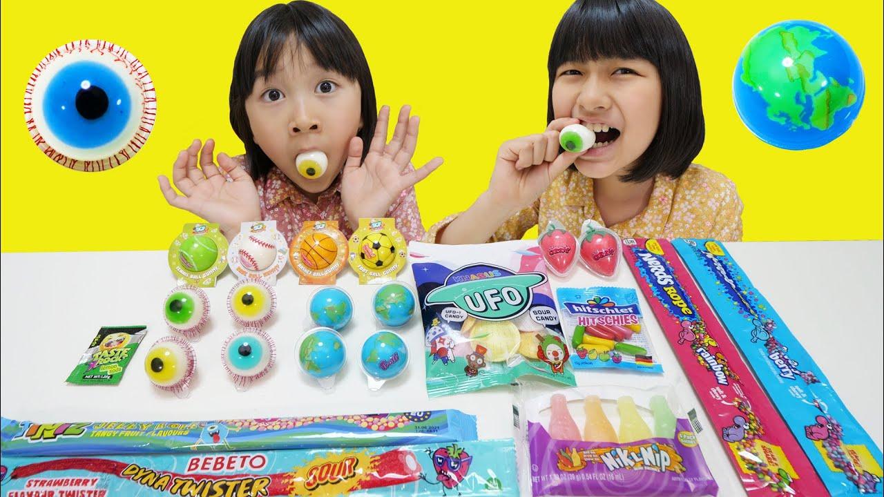 目玉グミ地球グミなどなど、いろんな海外のお菓子を食べるぞ~!!himawari-CH