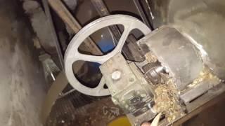 Podajnik do pieca na zrębki domowej roboty (tani opał bez utraty gwarancji)