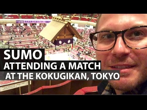 Sumo Match at the Kokugikan in Tokyo 両国国技館で相撲