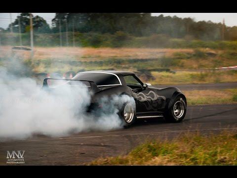 Building A 1974 C3 Resto Mod Corvette In 8 Minutes Doovi