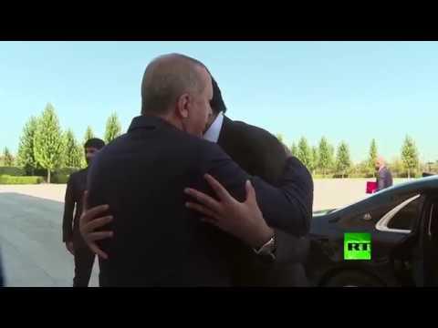 لحظة استقبال أردوغان لأمير قطر -  - نشر قبل 2 ساعة