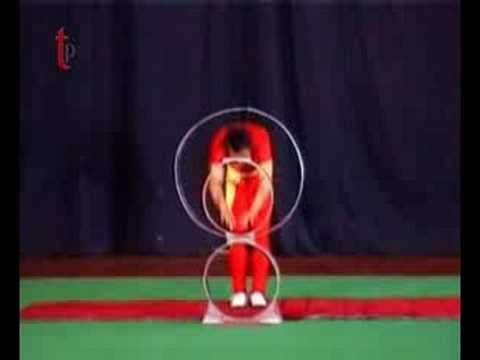 Chinese acrobats - 5