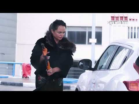 FUNNY GIRL FAILS IN TRAFFIC – BAD WOMAN DRIVERS