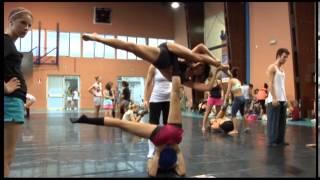 World Dance Movement. Acrobatics for dancers. Eva Sánchez Martz.