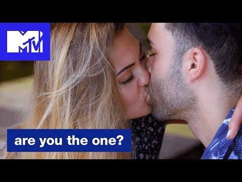 Kareem is Out to Win Alivia's Heart  Are You The One? Season 6  MTV