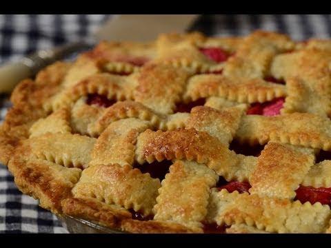 Strawberry Rhubarb Pie Recipe Demonstration - Joyofbaking.com