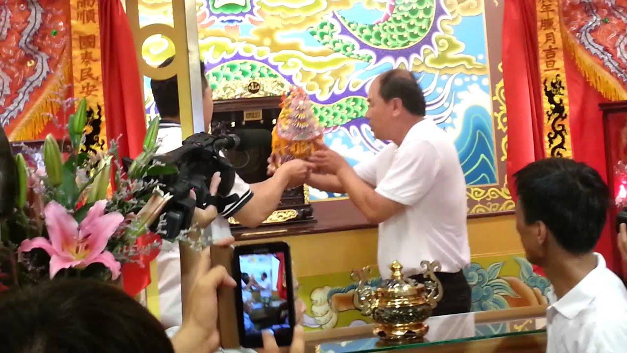 2013年5月9日 山邊媽祖過爐進駐臨時廟 山邊媽祖宮 - YouTube