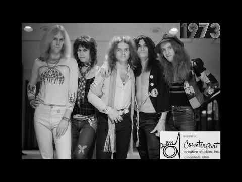Aerosmith - Mama Kin Live In Studio 1973