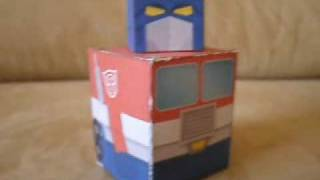 Simple Papercraft G1 Optimus Prime