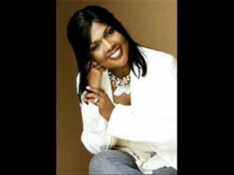 CeCe Winans: Looking Back at You