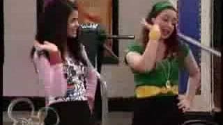 Selena Gomez (Alex)=Funky Junky Hat Song