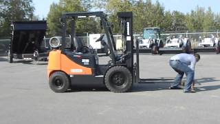 Williams Machinery - Benefits of magnetic fork covers for your forklift - Cornering test