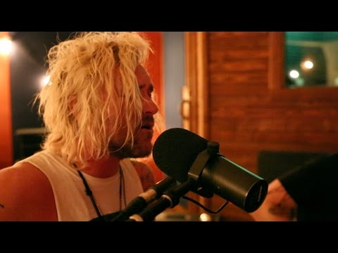 The Griswolds – Beware The Dog (LIVE)