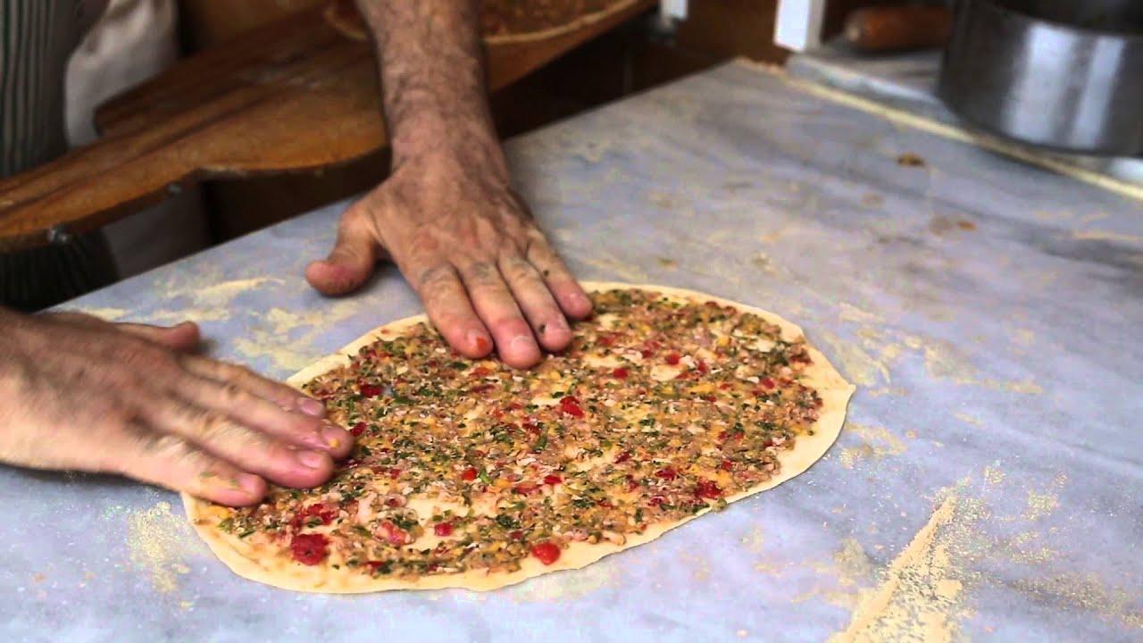 istanbul street food | lahmacun | turkey street food