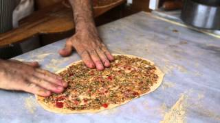 Lahmacun | Istanbul Street Food - Turkey Street Food