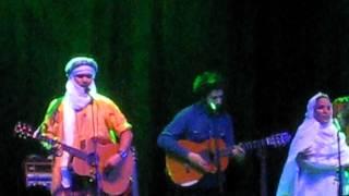 Tinariwen With Jose Gonzalez - Tenere Taqhim Tossam (JealousDesert) May 3-2012