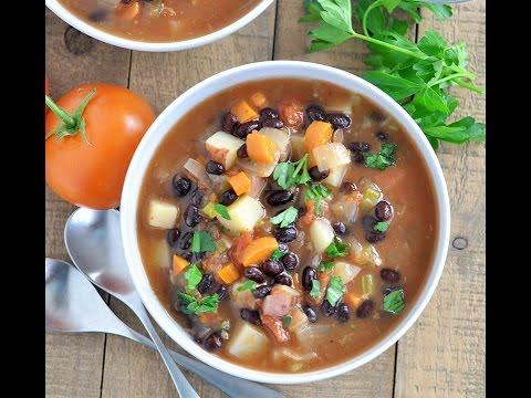 Slow Cooker Black Bean Vegetable Soup