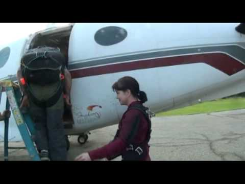 1st skydive expedition - BCD Travel girls