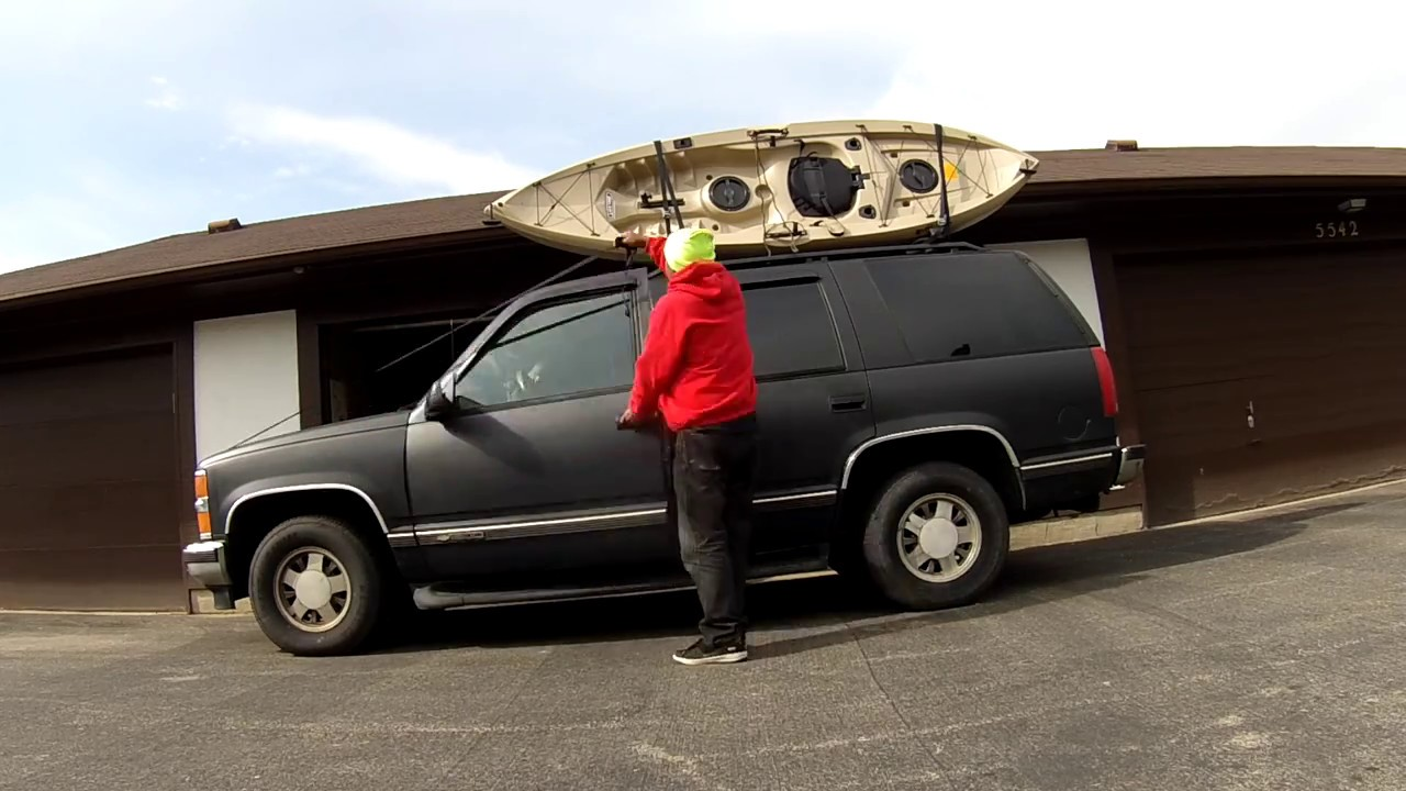 Loading A Kayak On The Roof Of A Suv Alone Youtube