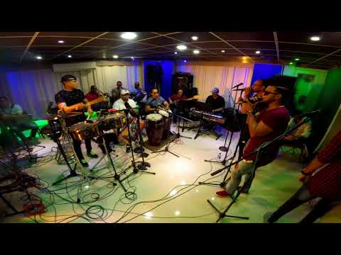 CHIQUITO TEAM BAND - Porque Me Haces Llorar [Ensayo Live]