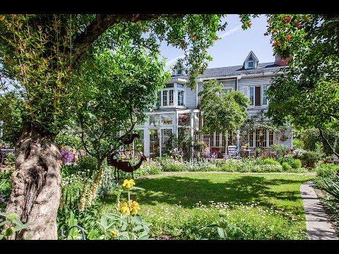 她花14年在家裡造了400㎡花園,美如仙境!